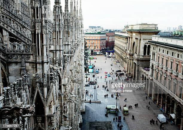 Milano la cupola. Immagine a colori