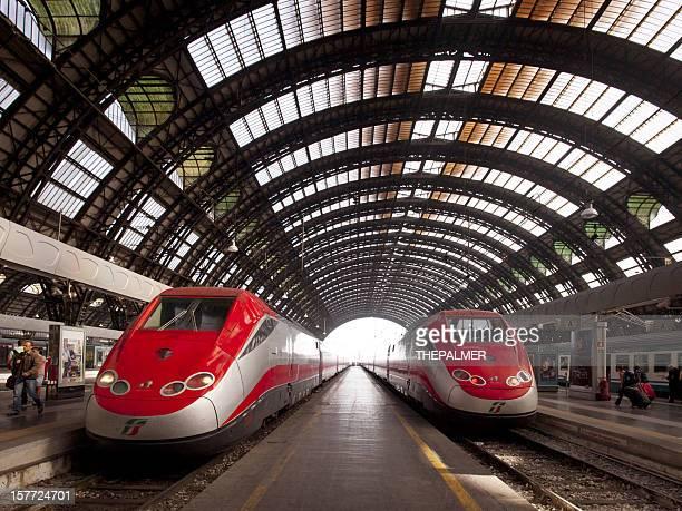 Binario di stazione ferroviaria Centrale di Milano