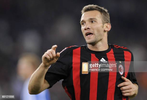 AC Milan's Andriy Shevchenko celebrates after he scored the opening goal against FC Zurich during their UEFA Cup first round second leg football...