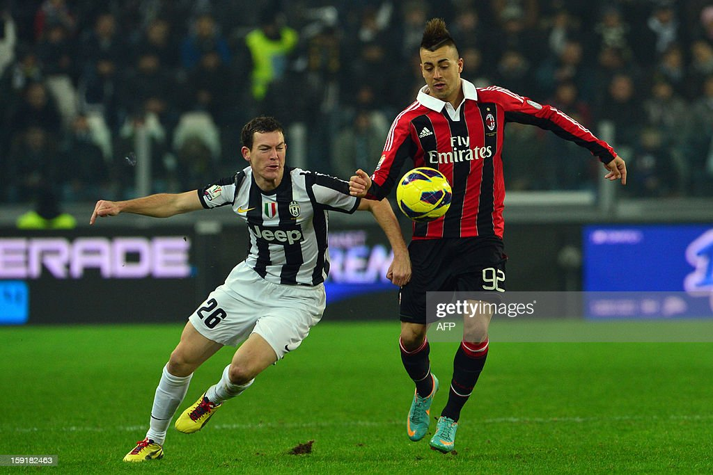 AC Milan's forward Stephan El Shaarawy (R) challanges for the ball with Juventus' Swiss defender Stephan Lichtsteiner during the Italian Cup football match between Juventus and AC Milan at the 'Juventus Stadium' in Turin on January 9, 2013.