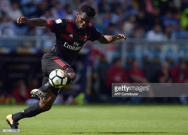 AC Milan's Ivorian midfielder Franck Kessie controls the ball during the Italian Serie A football match between Sampdoria vs AC Milan at the Luigi...