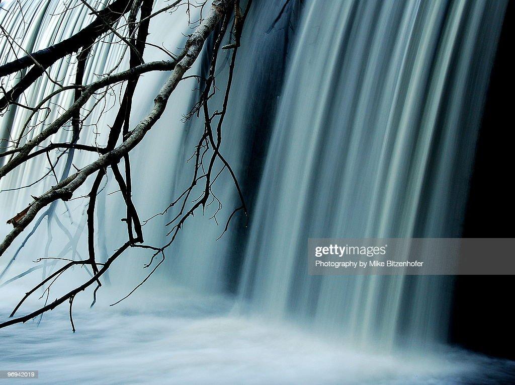 Milburnie Dam  : Stock Photo