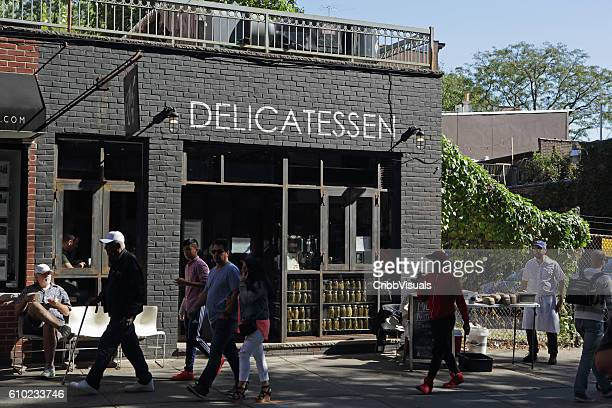 Mile End Delicatessen serving lunch in Brooklyn