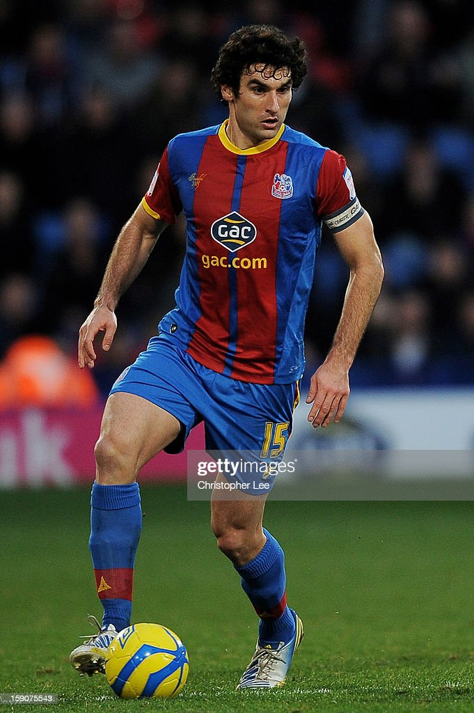 <a gi-track='captionPersonalityLinkClicked' href=/galleries/search?phrase=Mile+Jedinak&family=editorial&specificpeople=3123629 ng-click='$event.stopPropagation()'>Mile Jedinak</a> of Crystal Palace controls the ball during the FA Cup with Budweiser Third Round match between Crystal Palace and Stoke City at Selhurst Park on January 5, 2013 in London, England.