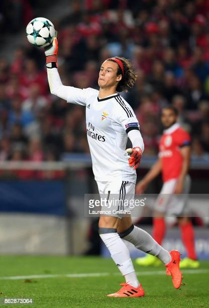 Mile Svilar of Benfica in action during the UEFA Champions League group A match between SL Benfica and Manchester United at Estadio da Luz on October...