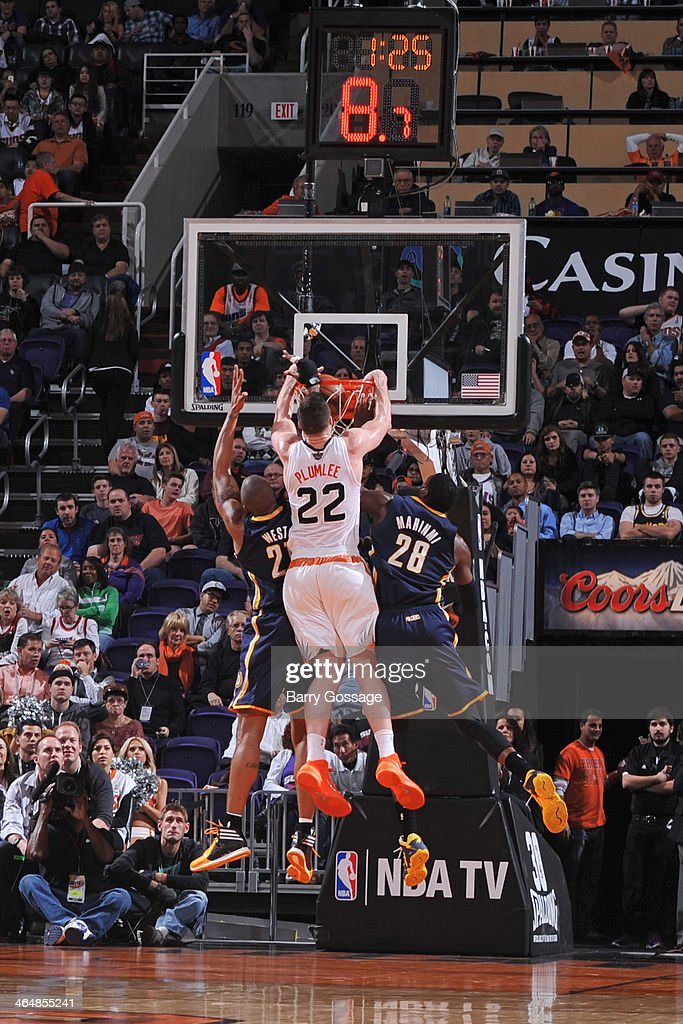 <a gi-track='captionPersonalityLinkClicked' href=/galleries/search?phrase=Miles+Plumlee&family=editorial&specificpeople=5645212 ng-click='$event.stopPropagation()'>Miles Plumlee</a> #22 of the Phoenix Suns dunks the ball against the Indiana Pacers on January 22, 2014 at U.S. Airways Center in Phoenix, Arizona.
