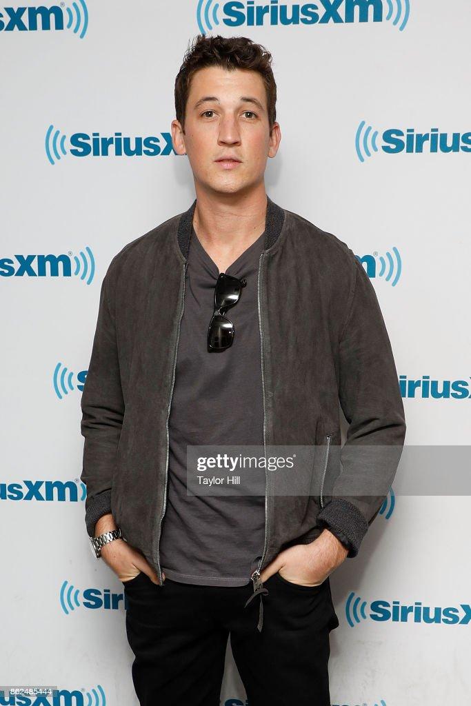 Miles Teller visits the SiriusXM Studios on October 17, 2017 in New York City.