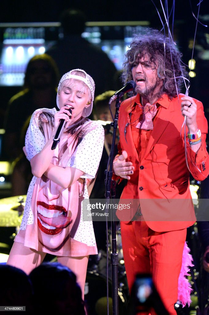 "Miley Cyrus ""Bangerz"" Tour - Los Angeles, California"