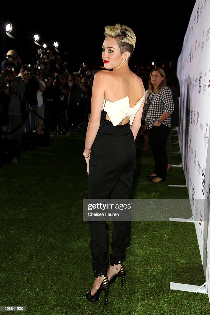 <a gi-track='captionPersonalityLinkClicked' href=/galleries/search?phrase=Miley+Cyrus&family=editorial&specificpeople=3973523 ng-click='$event.stopPropagation()'>Miley Cyrus</a> arrives for Maxim's Hot 100 Celebration at Create Nightclub on May 15, 2013 in Hollywood, California.