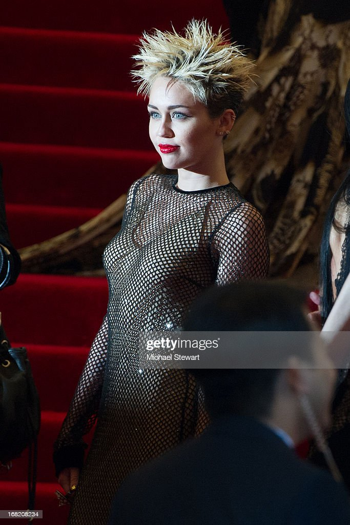 <a gi-track='captionPersonalityLinkClicked' href=/galleries/search?phrase=Miley+Cyrus&family=editorial&specificpeople=3973523 ng-click='$event.stopPropagation()'>Miley Cyrus</a> attends the Costume Institute Gala for the 'PUNK: Chaos to Couture' exhibition at the Metropolitan Museum of Art on May 6, 2013 in New York City.