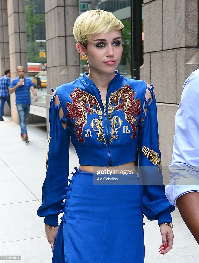 <a gi-track='captionPersonalityLinkClicked' href=/galleries/search?phrase=Miley+Cyrus&family=editorial&specificpeople=3973523 ng-click='$event.stopPropagation()'>Miley Cyrus</a> is seen arriving at Sony Studios on June 27, 2013 in New York City.