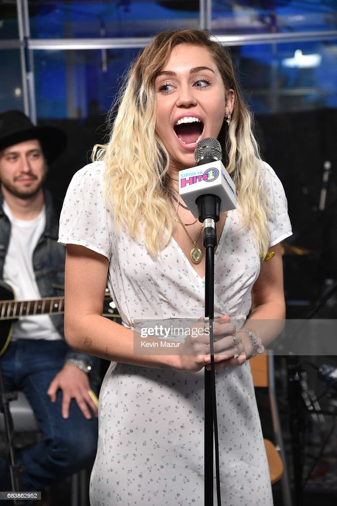 Miley Cyrus performs on SiriusXM's SiriusXM Hits 1 Channel at SiriusXM Studios on May 16, 2017 in New York City.