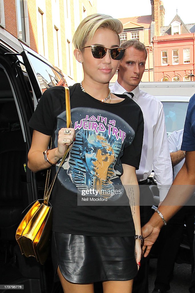<a gi-track='captionPersonalityLinkClicked' href=/galleries/search?phrase=Miley+Cyrus&family=editorial&specificpeople=3973523 ng-click='$event.stopPropagation()'>Miley Cyrus</a> seen at KISS FM on July 18, 2013 in London, England.