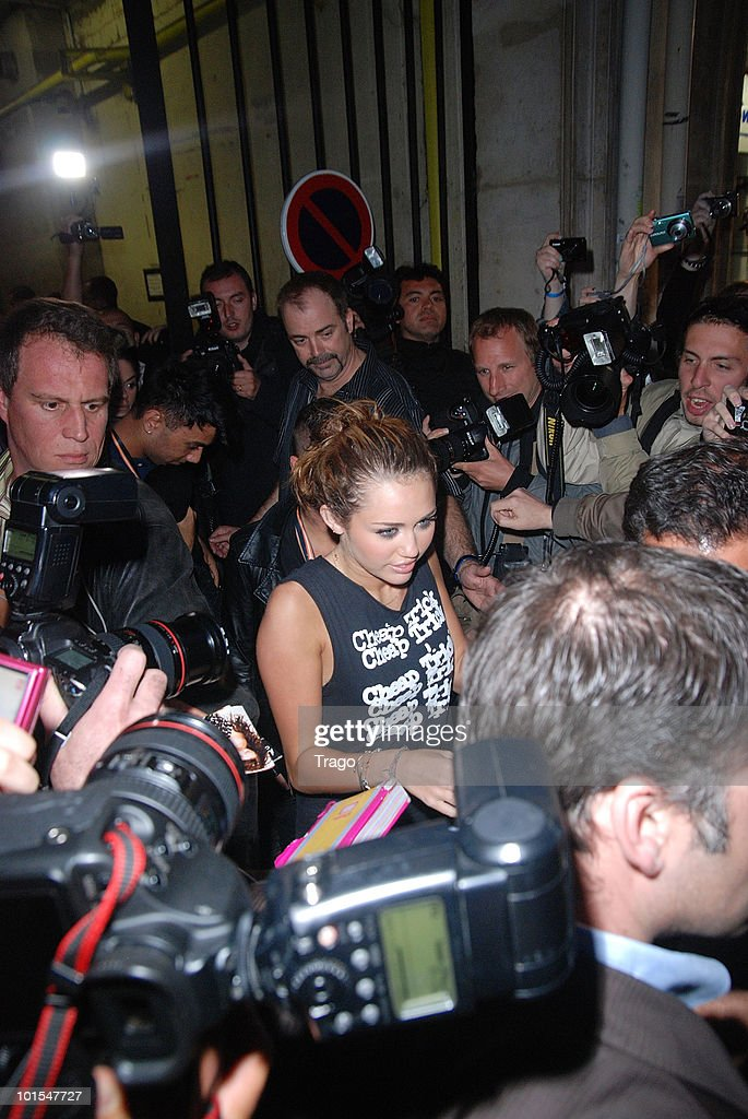 <a gi-track='captionPersonalityLinkClicked' href=/galleries/search?phrase=Miley+Cyrus&family=editorial&specificpeople=3973523 ng-click='$event.stopPropagation()'>Miley Cyrus</a> sighting at 1515 in paris on June 1, 2010 in Paris, France.