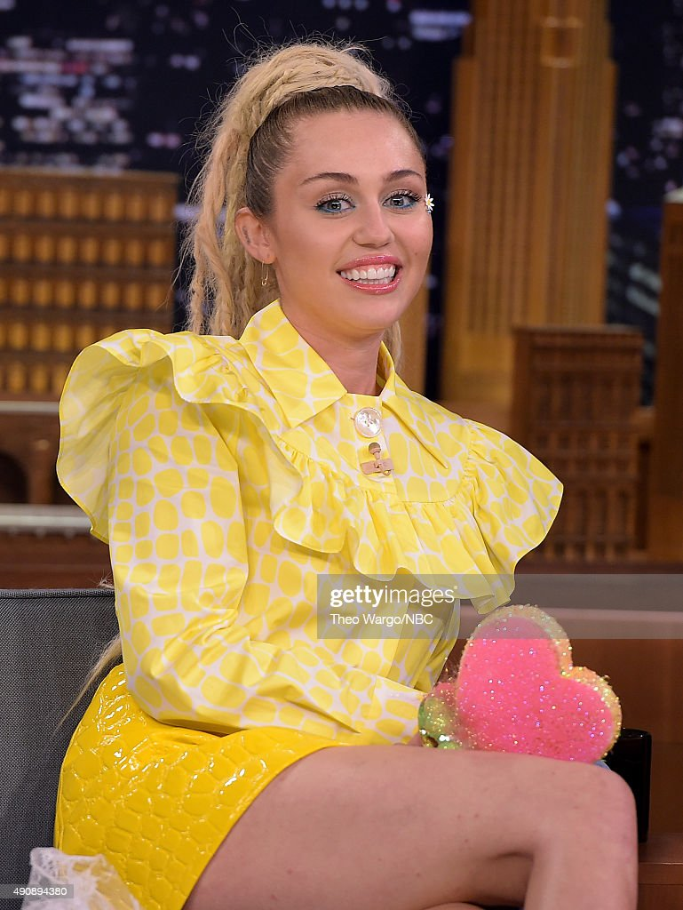 Miley Cyrus Visits 'The Tonight Show Starring Jimmy Fallon' at Rockefeller Center on October 1 2015 in New York City