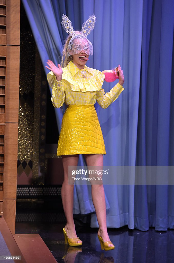 <a gi-track='captionPersonalityLinkClicked' href=/galleries/search?phrase=Miley+Cyrus&family=editorial&specificpeople=3973523 ng-click='$event.stopPropagation()'>Miley Cyrus</a> Visits 'The Tonight Show Starring Jimmy Fallon' at Rockefeller Center on October 1, 2015 in New York City.