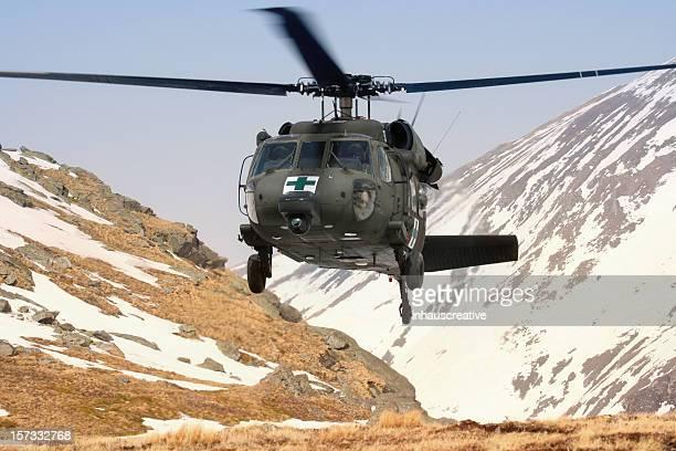 Helicóptero militar blackhawk Médico mountain de rescate