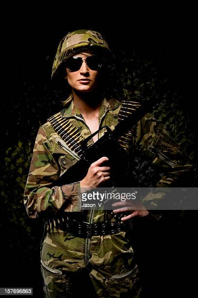 Mulher Guerreiro Militar