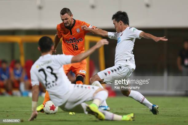 Milivoje Novakovic of Shimizu SPulse scores his team's second goal during the Emperor's Cup third round match between Shimizu SPulse and Consadole...