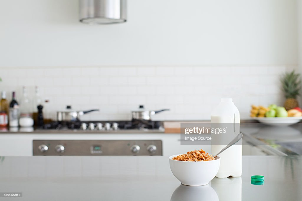 Milk and cereal : Stock Photo