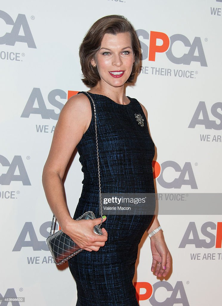 <a gi-track='captionPersonalityLinkClicked' href=/galleries/search?phrase=Milla+Jovovich&family=editorial&specificpeople=202207 ng-click='$event.stopPropagation()'>Milla Jovovich</a> arrives at the ASPCA event Honoring Kaley Cuoco-Sweeting And Nikki Reed on October 22, 2014 in Belair, California.