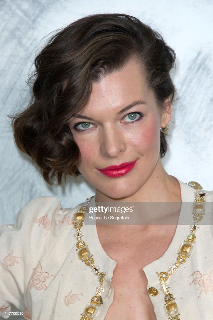<a gi-track='captionPersonalityLinkClicked' href=/galleries/search?phrase=Milla+Jovovich&family=editorial&specificpeople=202207 ng-click='$event.stopPropagation()'>Milla Jovovich</a> attends the Chanel Haute-Couture show as part of Paris Fashion Week Fall / Winter 2012/13 at the Grand Palais on July 3, 2012 in Paris, France.