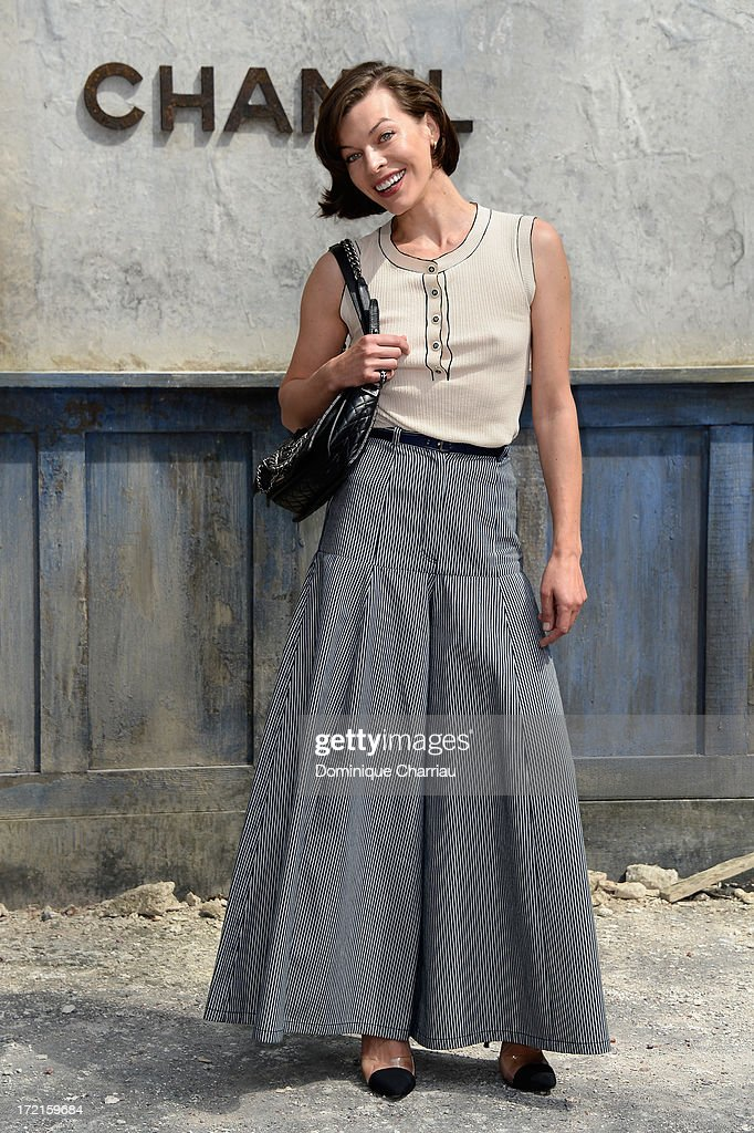 <a gi-track='captionPersonalityLinkClicked' href=/galleries/search?phrase=Milla+Jovovich&family=editorial&specificpeople=202207 ng-click='$event.stopPropagation()'>Milla Jovovich</a> attends the Chanel show as part of Paris Fashion Week Haute Couture Fall/Winter 2013-2014 at Grand Palais on July 2, 2013 in Paris, France.