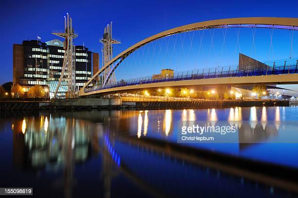 Ponte do Milénio, Cais de Salford, Manchester
