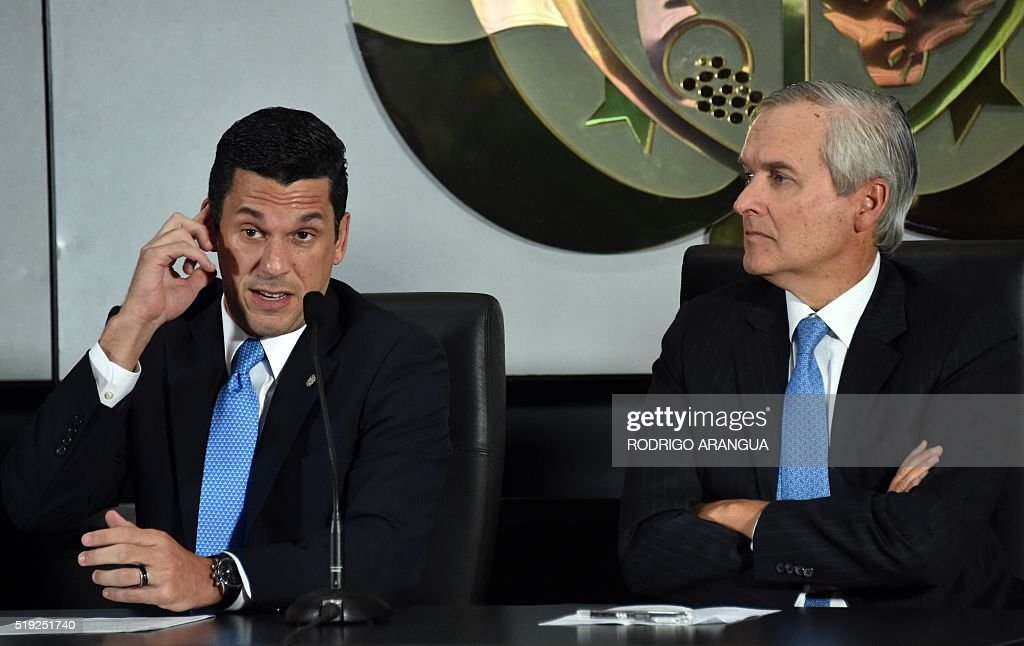 Panama's Minister of the Presidency Alvaro Aleman (R) and Vice-Foreign Minister Luis Miguel Hincapie offer a press conference about the Mossack Fonseca firm and the Panama Papers revelations, in Panama City, on April 5, 2016. A massive leak -coming from Mossack Fonseca- of 11.5 million tax documents on Sunday exposed the secret offshore dealings of aides to Russian president Vladimir Putin, world leaders and celebrities including Barcelona forward Lionel Messi. An investigation into the documents by more than 100 media groups, described as one of the largest such probes in history, revealed the hidden offshore dealings in the assets of around 140 political figures -- including 12 current or former heads of states. / AFP / RODRIGO