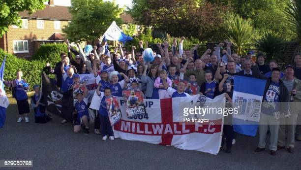 Millwall Fans gather at the Beacon pub in Hayes Kent on there way to the Cup Final to watch the game THIS PICTURE CAN ONLY BE USED WITHIN THE CONTEXT...
