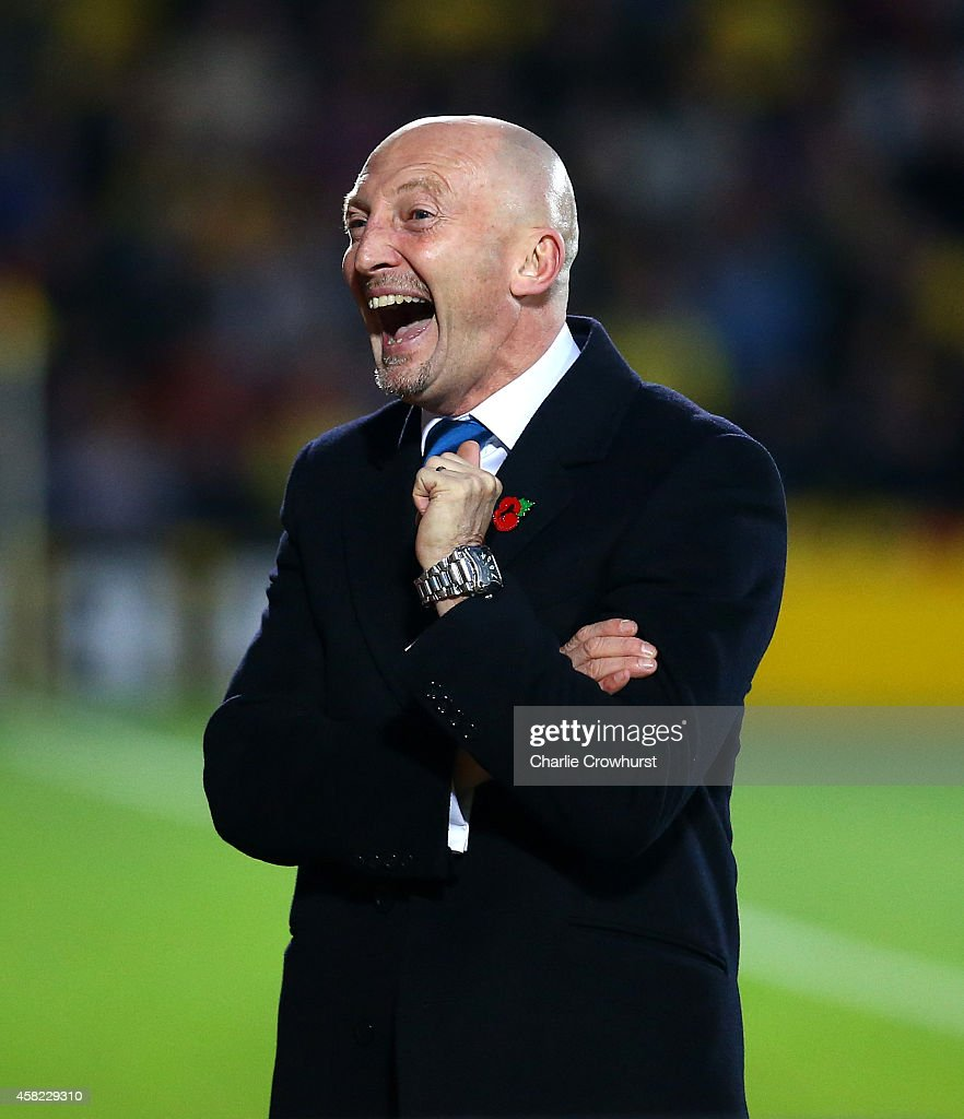 Millwall manager <a gi-track='captionPersonalityLinkClicked' href=/galleries/search?phrase=Ian+Holloway&family=editorial&specificpeople=235580 ng-click='$event.stopPropagation()'>Ian Holloway</a> gets animated on the touchline during the Sky Bet Championship match between Watford and Millwall at Vicarage Road on November 01, 2014 in Watford, England.