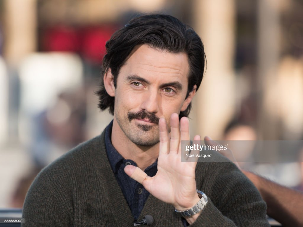 Milo Ventimiglia visits 'Extra' at Universal Studios Hollywood on December 4, 2017 in Universal City, California.