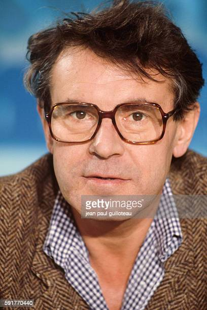 Milos Forman during an interview on French channel TF1 for his film Amadeus