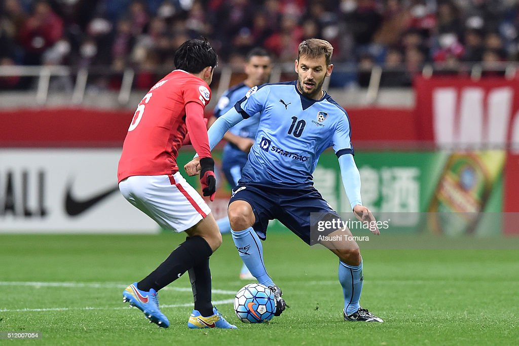 <a gi-track='captionPersonalityLinkClicked' href=/galleries/search?phrase=Milos+Ninkovic&family=editorial&specificpeople=4695877 ng-click='$event.stopPropagation()'>Milos Ninkovic</a> of Sydney FC controls the ball during the AFC Champions League Group H match between Urawa Red Diamonds and Sydney FC at Saitama Stadium on February 24, 2016 in Saitama, Japan.