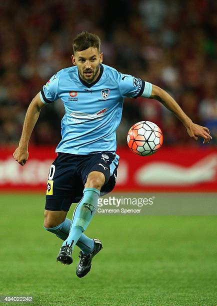 Milos Ninkovic of Sydney FC controls the ball during the round three ALeague match between Sydney FC and Western Sydney Wanderers at Allianz Stadium...