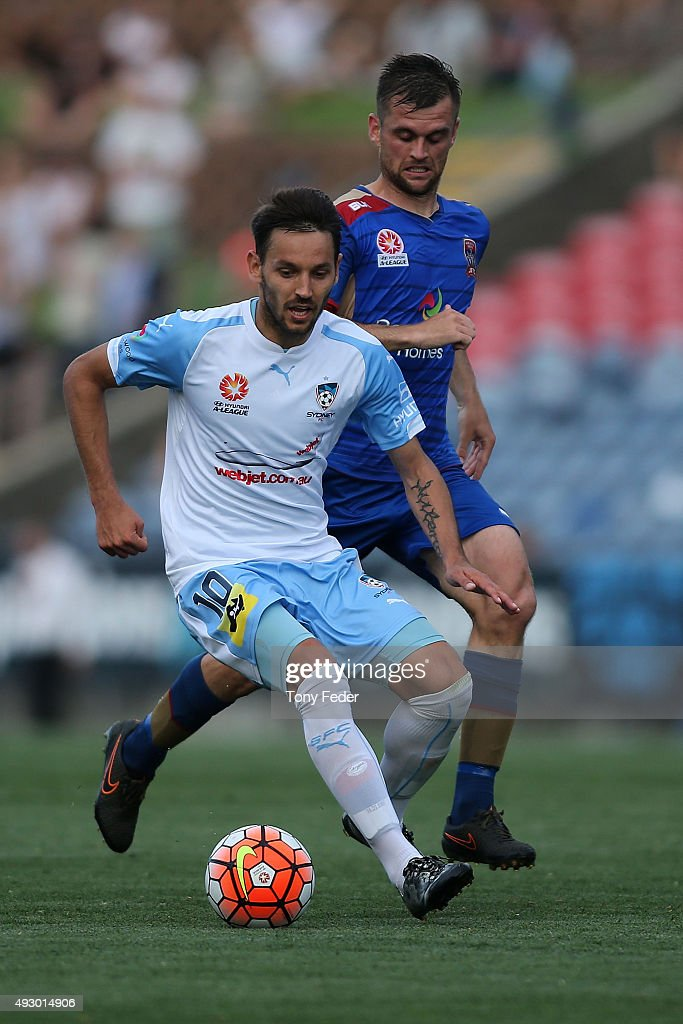 <a gi-track='captionPersonalityLinkClicked' href=/galleries/search?phrase=Milos+Ninkovic&family=editorial&specificpeople=4695877 ng-click='$event.stopPropagation()'>Milos Ninkovic</a> of Sydney FC controls the ball during the round two A-League match between the Newcastle Jets and Sydney FC at Hunter Stadium on October 17, 2015 in Newcastle, Australia.