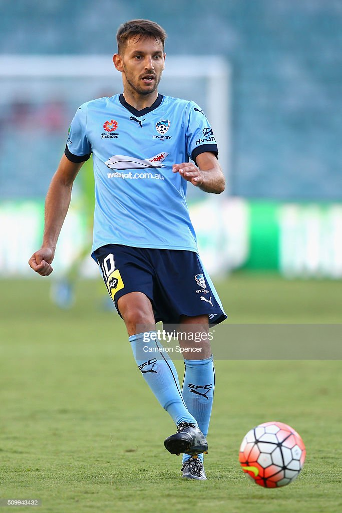<a gi-track='captionPersonalityLinkClicked' href=/galleries/search?phrase=Milos+Ninkovic&family=editorial&specificpeople=4695877 ng-click='$event.stopPropagation()'>Milos Ninkovic</a> of Sydney FC passes during the round 19 A-League match between Sydney FC and the Perth Glory at Allianz Stadium on February 13, 2016 in Sydney, Australia.