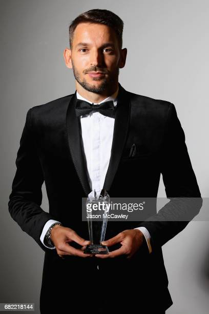 Milos Ninkovic poses with the Football Media Association ALeague of the Year award the 2017 Sky Blue Ball at Sydney Cricket Ground on May 12 2017 in...