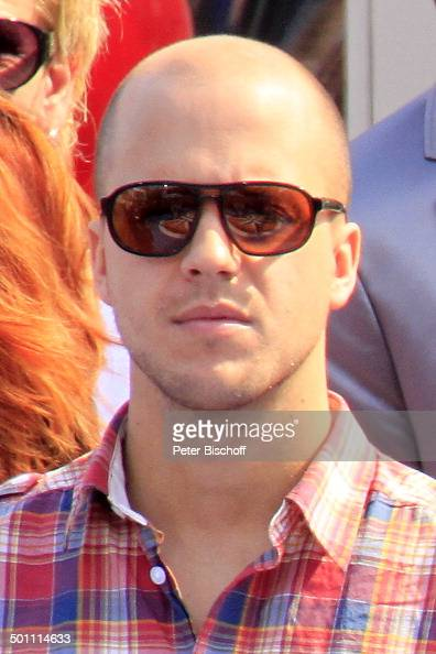 milow alias jonathan vandenbroeck belgischer pop star. Black Bedroom Furniture Sets. Home Design Ideas
