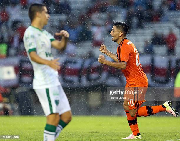 Milton Casco of River Plate celebrates after scoring the second goal of his team during a match between River Plate and Sarmiento as part of Torneo...