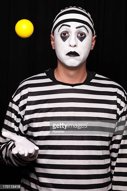 Mime performer