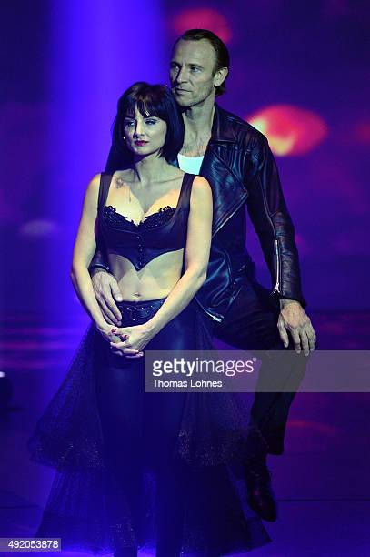 Mimi Fiedler and Bernhard Bettermann react during the fith show of the television competition 'Stepping Out' on October 9 2015 in Cologne Germany