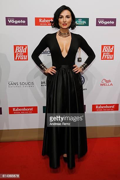 Mimi Fiedler attends the 'Goldene Bild der Frau' award at Stage Theater on October 13 2016 in Hamburg Germany