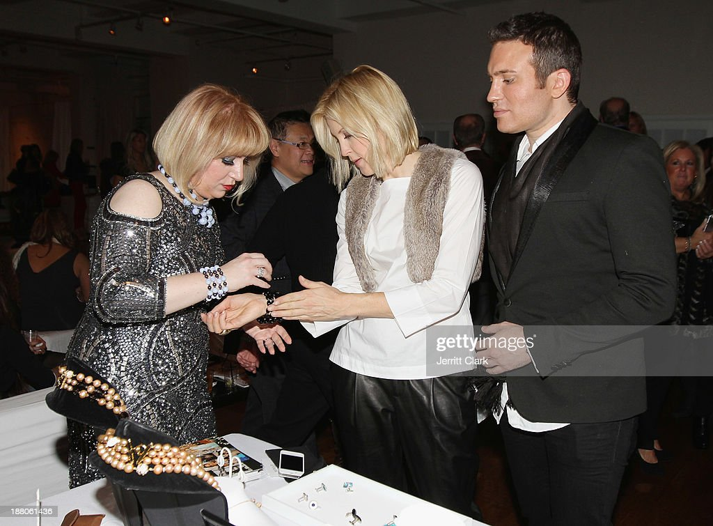 Mina Deutsch of Minad Jewelry and <a gi-track='captionPersonalityLinkClicked' href=/galleries/search?phrase=Kelly+Rutherford&family=editorial&specificpeople=217987 ng-click='$event.stopPropagation()'>Kelly Rutherford</a> attend the Social Life Magazine Luxe Manhattan Event on November 13, 2013 in New York City.