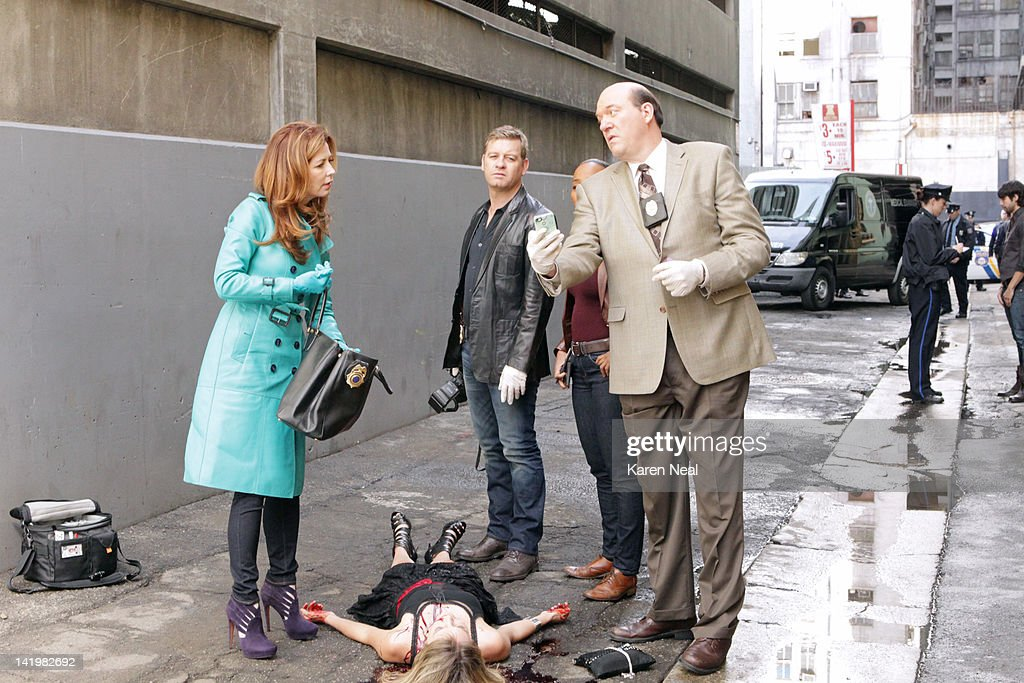 PROOF - 'Mind Games' - When a cause of death seems all too familiar, Megan is forced to come face to face with a serial killer she helped put away, on the Season Finale of 'Body of Proof,' TUESDAY, APRIL 10 (10:01-11:00 p.m., ET) on the ABC Television Network. DANA DELANY, NATALIE TURPIN (ON GROUND), NICHOLAS BISHOP, SONJA SOHN (OBSCURED), JOHN