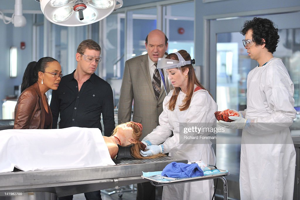 PROOF - 'Mind Games' - When a cause of death seems all too familiar, Megan is forced to come face to face with a serial killer she helped put away, on the Season Finale of 'Body of Proof,' TUESDAY, APRIL 10 (10:01-11:00 p.m., ET) on the ABC Television Network. SONJA SOHN, NICHOLAS BISHOP, JOHN CARROLL LYNCH, NATALIE TURPIN (ON TABLE), DANA
