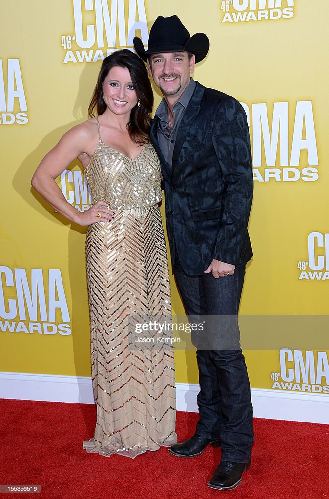Mindy Ellis and Craig Campbell attend the 46th annual CMA Awards at the Bridgestone Arena on November 1, 2012 in Nashville, Tennessee.