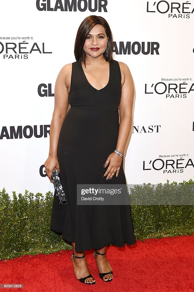 mindy-kaling-attends-the-glamour-celebrates-2016-women-of-the-year-picture-id623312826
