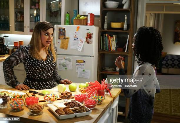 PROJECT 'Mindy's Best Friend' Episode 513 Pictured Mindy Kaling as Mindy Lahiri Brianna Reed as Lindsay