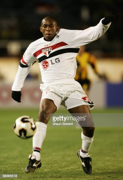 Mineiro of Sao Paulo in action during the FIFA Club World Championship Toyota Cup 2005 match between Al Ittihad and Sao Paulo FC at The National...